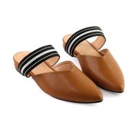 giày nữ mũi nhọn là một trong những mẫu giày đẹp và giá rẻ tại sunday shoes