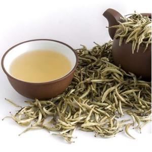 Uống trà trắng có tác dụng gì tốt đối với hệ tim mạch con người không?