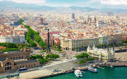 Barcelona, Tây Ban Nha, là Một trong những địa điểm đẹp nhất trên thế giới khác được nhiều người ghé thăm hàng năm