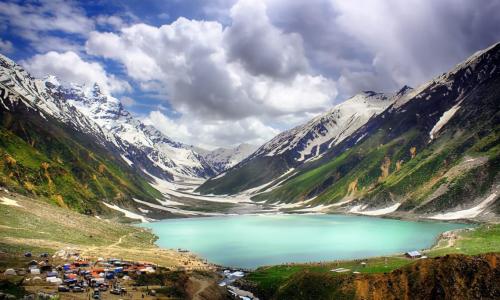 Hồ Saif-ul-Malook là một trong những địa điểm cần tham quan đẹp nhất trên thế giới