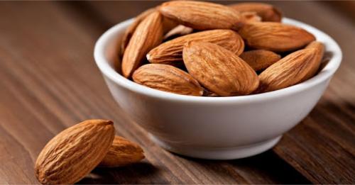 Hạnh nhân là một loại trái cây sấy khô bổ dưỡng