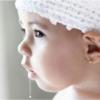 trẻ sơ sinh chảy nước dãi nhiều là điều hoàn toàn bình thường