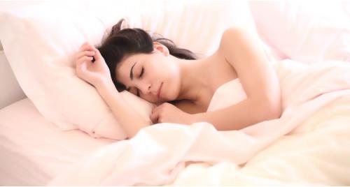 Lợi ích tuyệt vời của việc ngủ đủ giấc mỗi ngày đối với sức khỏe.