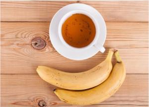lợi ích tuyệt vời nhất của trà chuối là giúp ngủ ngon và giảm cân